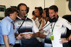 Jost Capito, McLaren Chief Executive Officer with Stoffel Vandoorne, McLaren Test and Reserve Driver (Right)