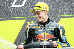 Podium: Sieger Brad Binder, Red Bull KTM Ajo, 2. Romano Fenati, Sky Racing Team VR46, 3. Jorge Navar
