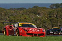 #88 Maranello Motorsport Ferrari 488 GT3: Peter Edwards, John Bowe