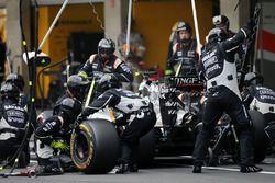 Пит-стоп: Серхио Перес, Sahara Force India F1 VJM09