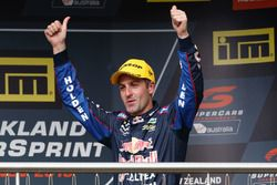 Podyum 1. Jamie Whincup, Triple Eight Race Engineering Holden