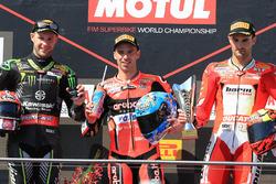 Podio: il vincitore della gara Marco Melandri, Aruba.it Racing-Ducati SBK Team, il secondo classificato Jonathan Rea, Kawasaki Racing, il terzo classificato Xavi Fores, Barni Racing Team