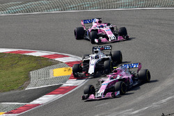 Esteban Ocon, Force India VJM11, Lance Stroll, Williams FW41 and Sergio Perez, Force India VJM11