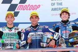 Podium: segundo, Enea Bastianini, Leopard Racing, ganador, Jorge Martin, Del Conca Gresini Racing Moto3, tercero, Marco Bezzecchi, Prüstel GP
