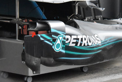 Mercedes AMG F1 W09 side pods