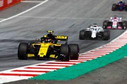 Carlos Sainz Jr., Renault Sport F1 Team R.S. 18, Lance Stroll, Williams FW41, Sergio Perez, Force India VJM11
