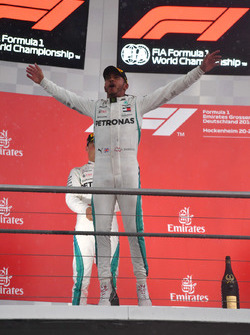Race winner Lewis Hamilton, Mercedes-AMG F1 celebrates on the podium