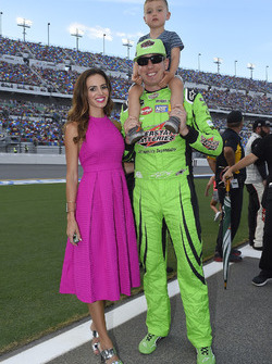Kyle Busch, Joe Gibbs Racing, Toyota Camry Interstate Batteries, Samantha Busch.