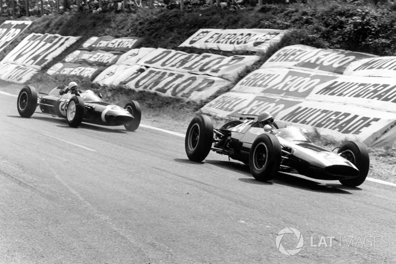 Tony Maggs, Cooper T60-Climax devance Maurice Trintignant, Lotus 24-Climax