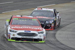 Ryan Blaney, Wood Brothers Racing Ford, Austin Dillon, Richard Childress Racing Chevrolet
