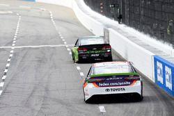 Херми Садлер, Tommy Baldwin Racing Chevrolet и Денни Хэмлин, Joe Gibbs Racing Toyota
