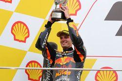 Podium: segundo, Brad Binder, Red Bull KTM Ajo