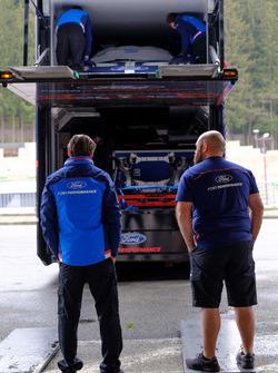 Ford Chip Ganassi Racing team members at work
