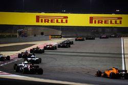 Marcus Ericsson, Sauber C37 Ferrari, Lance Stroll, Williams FW41 Mercedes, Romain Grosjean, Haas F1 Team VF-18 Ferrari, Sergey Sirotkin, Williams FW41 Mercedes, Charles Leclerc, Sauber C37 Ferrari, et Stoffel Vandoorne, McLaren MCL33 Renault