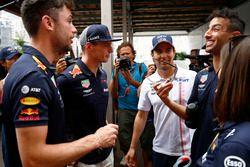 Max Verstappen, Red Bull Racing, Sergio Perez, Force India, et Daniel Ricciardo, Red Bull Racing