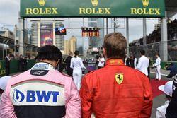 Sergio Perez, Force India et Kimi Raikkonen, Ferrari, sur la grille de départ