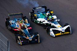 Lucas di Grassi, Audi Sport ABT Schaeffler attempts to overtake Jean-Eric Vergne, Techeetah