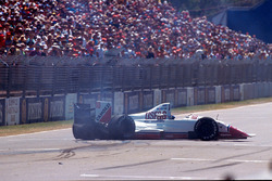 Crash d'Eddie Cheever, Arrows A11