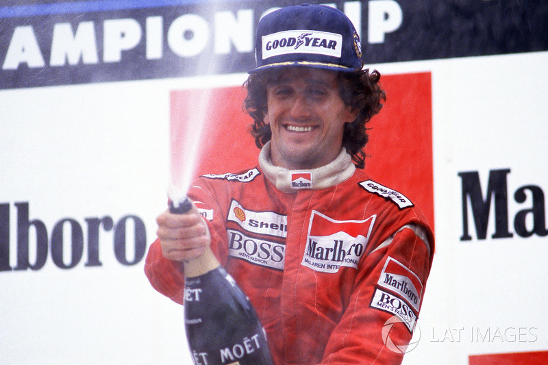 Alain Prost iguala recorde de Stewart