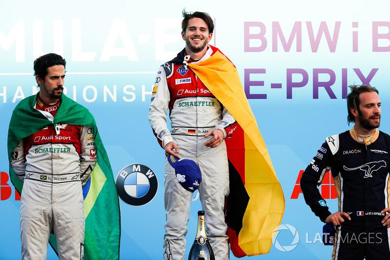 Podium ePrix Berlin: 1. Daniel Abt, 2. Lucas di Grassi, 3. Jean-Eric Vergne