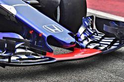 Toro Rosso STR13 voorvleugel