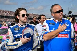 Ryan Blaney, Wood Brothers Racing Ford, mit Crewchief Jeremy Bullins