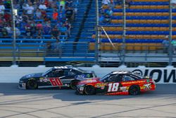 Ty Majeski, Roush Fenway Racing, Ford Mustang Ford and Riley Herbst, Joe Gibbs Racing, Toyota Camry Advance Auto Parts