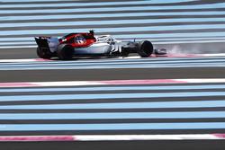 Charles Leclerc, Sauber C37, spins