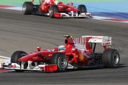 Fernando Alonso, Ferrari F10 y Felipe Massa, Ferrari F10