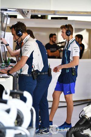Sergey Sirotkin, Williams and Williams mechanics