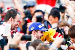 Daniel Abt, Audi Sport ABT Schaeffler, celebrates with his team