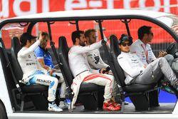 Nick Heidfeld, Mahindra Racing, Nicolas Prost, Renault e.Dams, Sam Bird, DS Virgin Racing, Jose Maria Lopez, Dragon Racing, Nelson Piquet Jr., Jaguar Racing, on the drivers parade