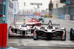 Edoardo Mortara, Venturi Formula E Team, Jose Maria Lopez, Dragon Racing
