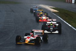 Johnny Herbert, Lotus 107B leads