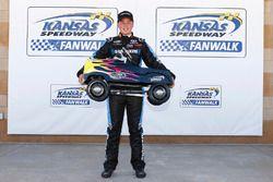 Ganador de la pole Christopher Bell, Kyle Busch Motorsports Toyota