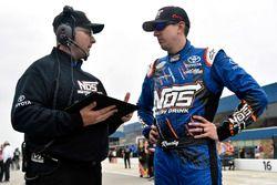 Kyle Busch, Joe Gibbs Racing Toyota y Eric Phillips