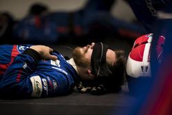 Un membre de l'équipe Ford Chip Ganassi Racing