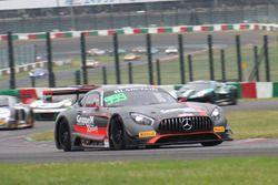 鈴鹿初開催のブランパンGTアジアのレース2で優勝した#999 GruppeM Racing Team