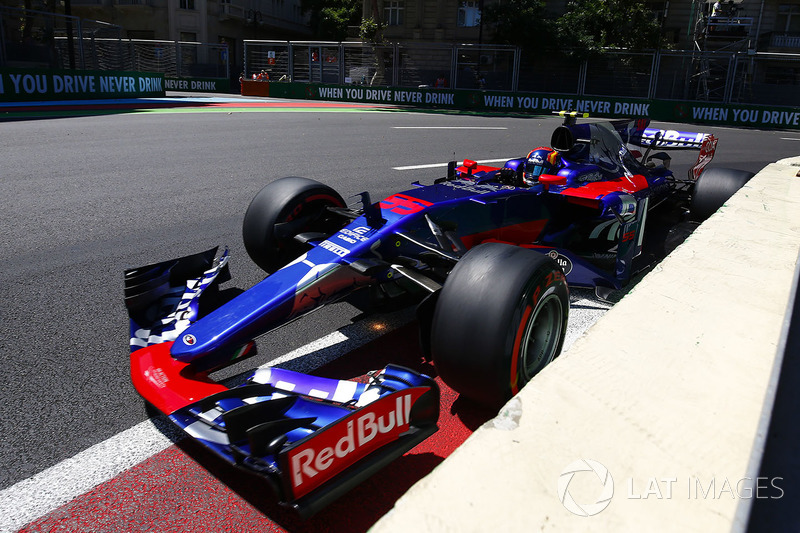 Toro Rosso 2017: Carlos Sainz Jr, Toro Rosso STR12