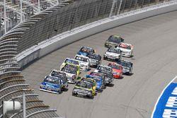 Restart: Austin Cindric, Brad Keselowski Racing Ford, Justin Haley, GMS Racing Chevrolet