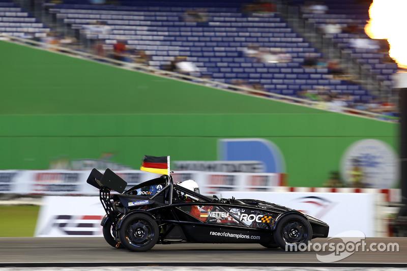 Sebastian Vettel, Ariel Atom Cup
