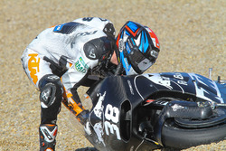 Sturz: Bradley Smith, Red Bull KTM Factory Racing