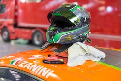 Helm von Stefano Zanini, Dinamic Motorsport