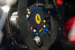Lenkrad: Ferrari 488 Challenge