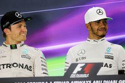 Nico Rosberg, de Mercedes AMG F1 en la Conferencia de prensa de la FIA con su compañero a Lewis Hami