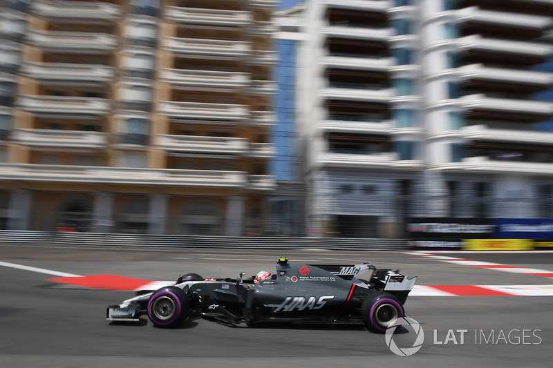Decoración renovada del Haas F1 Team VF-17 desde mitad de temporada