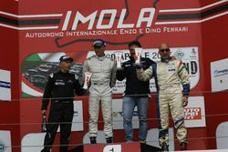 Gara 2 podio CN4: il secondo classificato Walter Margelli, Nannini Racing, il primo classificato Mar