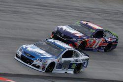 Dale Earnhardt Jr., Hendrick Motorsports Chevrolet Denny Hamlin, Joe Gibbs Racing Toyota