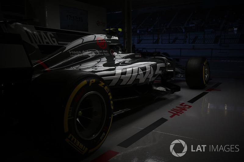 La Haas F1 Team VF-17 de Kevin Mgnussen