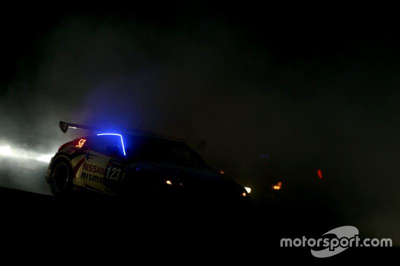 Crash #123 Nissan GT Academy Team RJN Nissan 370Z GT4: Jann Mardenborough, Ricardo Sanchez, Romain S